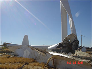 070826_turbine_collapse_1.jpg