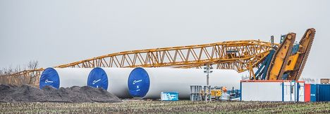 The Liebherr crawler crane went over backwards in high winds