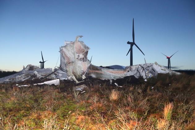 collapsed-turbine-3-630x419