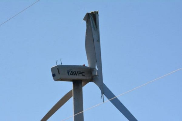 A broken blade on a wind turbine at the Pubnico Point Wind Farm on Sunday, March 20. TINA COMEAU PHOTO