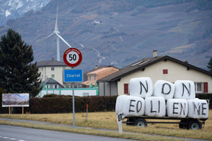 Wind energy has struggled to take off in the small alpine state (Keystone)