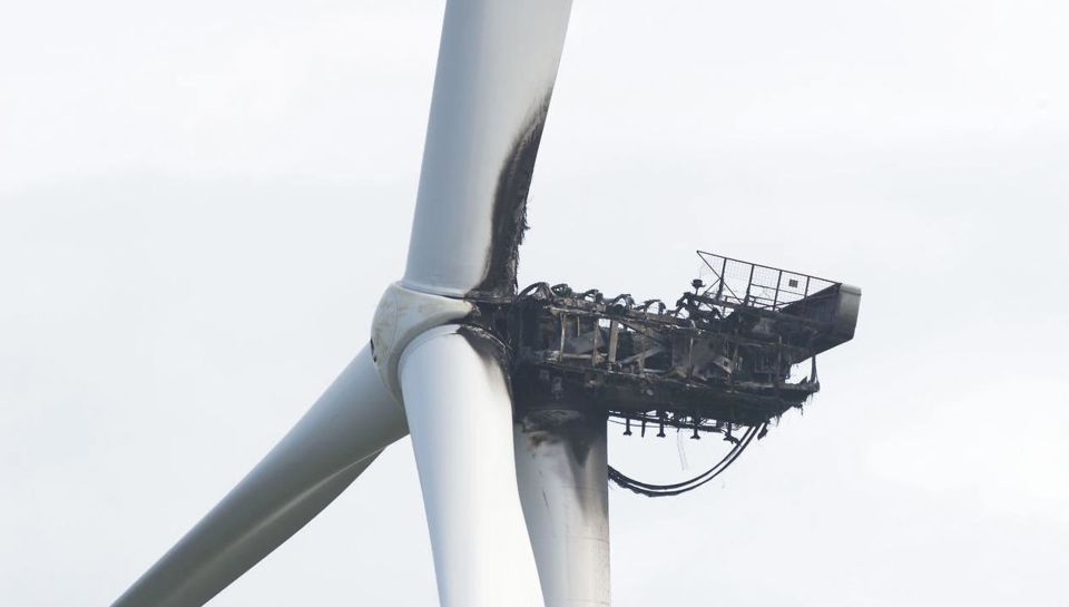Big MHI Vestas test wind turbine on fire | Wind Energy News